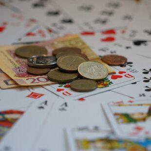 Gry kasynowe inwestycją?